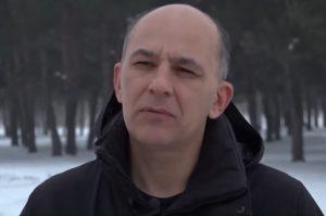 Ovidiu Mihuţ, pofesorul din Curtea de Argeş care, de ani de zile, se lupta cu sistemul pentru opri masacrul naturii in  Muntii Fagaras