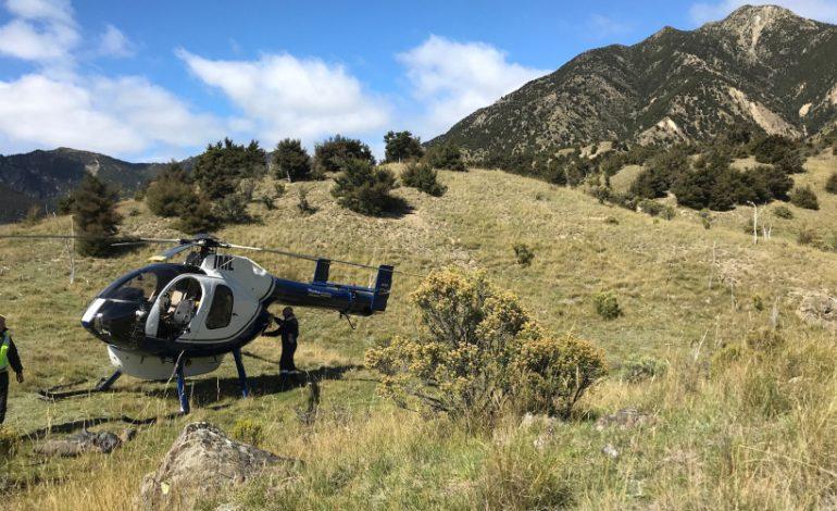 VIDEO EXCLUSIV ! In Argeş, au venit cu elicopterul la biserică