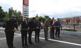 """Argeşenii râd de primarul PIC, dupa """"pamblicăreala"""" de azi:  Inaugurează pod făcut de Ceaușescu și da nume """"străzilor"""" neasfaltate"""