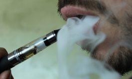 """A murit ucis de o ţigară electronică - A explodat în timp ce """"fuma"""" şi l-a ucis pe loc"""