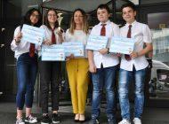 """Echipa """"Îndrăzneții"""", de la Școala Gimnazială Mircea cel Bătrân din Pitești, a câștigat competiția națională Euro Quiz 2018"""