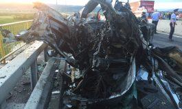 ACUM! ACCIDENT GROAZNIC în Argeș ! Șoferul de 24 ani a murit