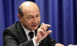 Traian Băsescu o DISTRUGE pe Viorica Dăncilă: Vă rog, plecați! Ne umpleți de un val de PENIBIL