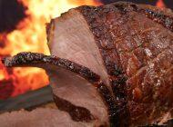 """Cum arată """"carnea"""" crescută în laborator. Va fi mult mai ieftină decât cea care se găseşte acum în magazine"""