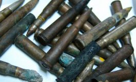 Sute de tuburi de cartușe descoperite in Argeş de un pescar! POLIŢIA FACE ANCHETĂ