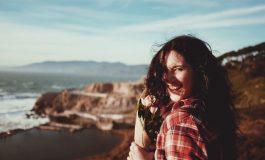 Cum sa-ti convingi creierul ca esti fericit