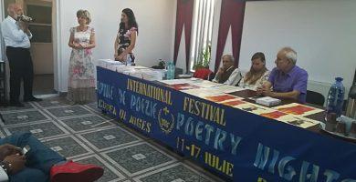 """Maraton poetic internaţional în Oraşul Regal - Festivalul Internaţional """"Nopţile de Poezie de la Curtea de Argeş"""""""