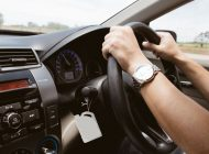Guvernul, lovitură DEVASTATOARE pentru șoferi: mașinile cu volan pe dreapta, INTERZISE