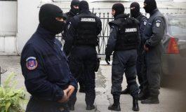 Percheziţiile de la Curtea de Argeş ţinute de Poliţie la secret - Droguri descoperite !