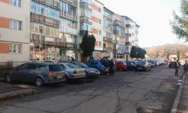 SCOATEŢI MILIONUL!Primăria vrea o taxa de parcare de 100 lei, mai mare ca în Bucureşti !