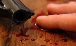 """EXCLUSIV ! În stil MAFIOT, adjunctul Poliţiei Curtea de Argeş AMENINŢAT CU MOARTEA: """"Pistolul meu nu dă greș niciodată. Îmi este silă să mă murdăresc pe mâini cu sângele tău, jegule !"""""""