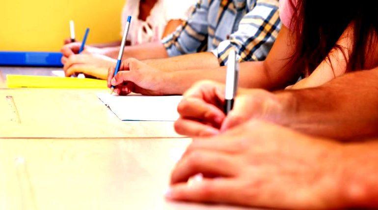 SUBIECTE Limba Română BAC 2018, UMAN ŞI REAL: 45.000 de elevi s-au înscris pentru a doua sesiune