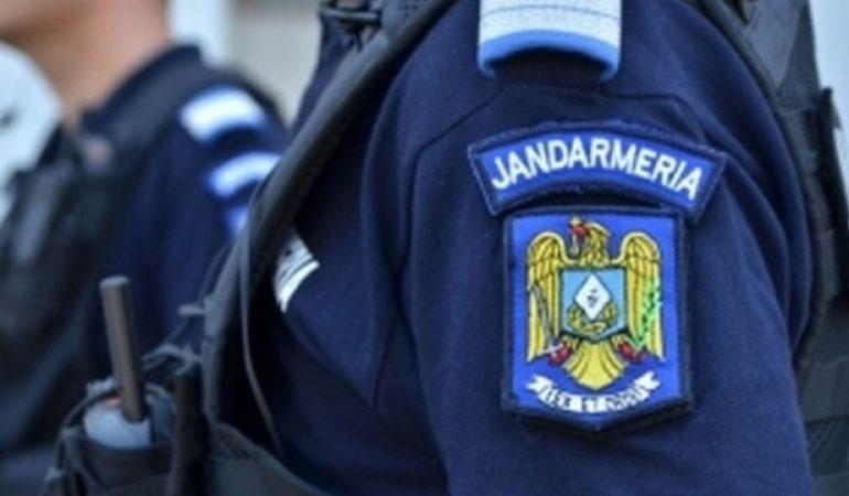 Rezist LOVEȘTE DECISIV – Jandarmeria Română, reclamată la ONU după intervențiile din Piața Victoriei