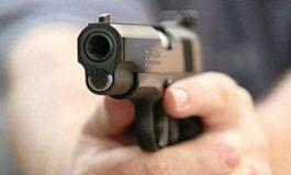 Poliția Capitalei vine cu explicații: bărbatul care sustrăsese arma ne-a condus la locul unde o îngropase