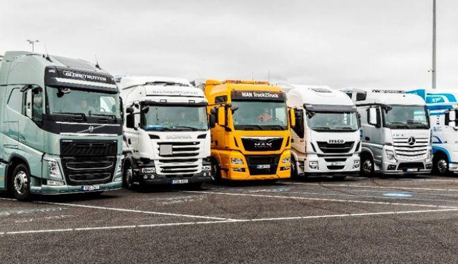 Transportatorii sunt revoltaţi ! In Argeş, înmatricularea autovehiculelor comerciale durează minim o lună