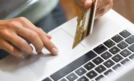 Studiu: 6 din 10 români fac cumpărături online în timpul orelor de program