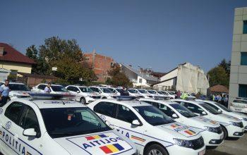 Poliția Argeş a primit, azi, 25 masini Logan