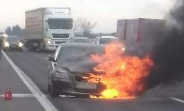 ACUM ! Autoturism în flăcări în Argeş