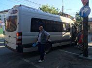 REGAL! Şoferii de Maxi Taxi s-au luat la bătaie... pe clienţi! A intervenit Poliţia !