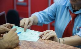 De azi, Poșta introduce plata cu cardul la ghișeu