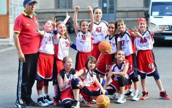 """Elevii argeşeni atraşi spre sport prin competiţia """"Intră în joc, câştigă-ţi sănătatea!"""""""