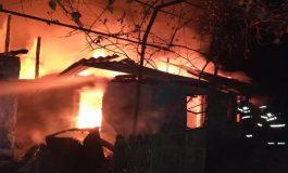 TRAGEDIE ÎN ARGEŞ ! Femeie moartă în incendiu! A ars odată cu propria casă