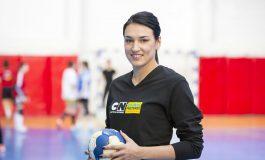 Marea handbalistă Cristina Neagu vine la Piteşti ! Întâlnire activă cu elevii argeşeni
