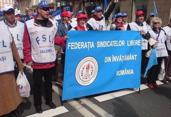 Profesorii din Teleorman protestează pentru salarizare și a lipsei de personal