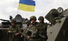 Situația din Ucraina se precipită: Legea MARȚIALĂ a fost instituită în zonele de la frontiera cu Rusia și s-au devansat alegerile prezidențiale