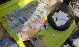 Flagrant si percheziții in Argeș - Traficanți de droguri reținuți