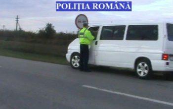 Prins fără autorizaţie ! Efectua transport de persoane fără autorizație pe ruta Curtea de Argeș - Băiculești