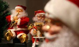 Sfântul Nicolae 2018. Moş Nicolae, ajutorul celor sărmani şi Moşul care umple cu daruri sau nuieluşe ghetuţe
