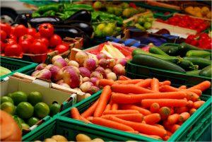 Cum deosebeşti fructele şi legumele româneşti de cele de import
