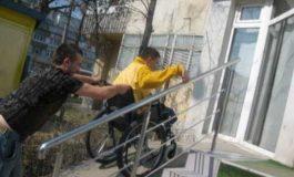 VESTI PROASTE ! Interesele imobiliare pun pe drumuri persoanele cu handicap din Curtea de Argeş ?