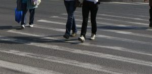 ACUM! Accident grav in Argeș – Mamă și copil loviți de o mașină