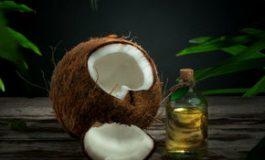 Uleiul de cocos: tipuri, riscuri, beneficii pentru sănătate, piele şi păr