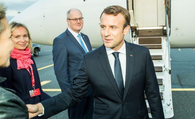 Le Vif: Emmanuel Macron nu va merge la Davos