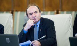 Fostul ministru al Sănătății, Vlad Voiculescu îl acuză pe Tudorel Toader de complicitate la crimă