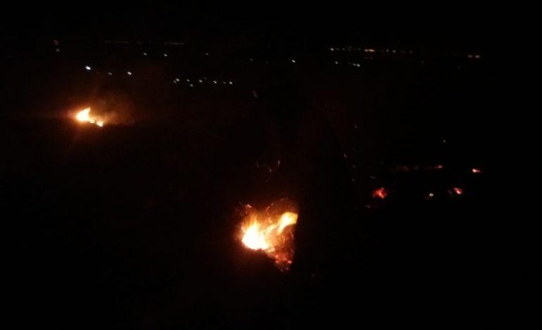 ACUM! Incendii de vegetație în Argeș