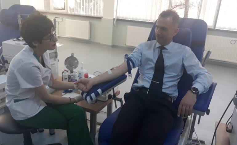 Exemplu de urmat! Un alt mod de a salva vieți –  Personalul ISU Argeș a donat sânge