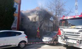 VIDEO ACUM ! Vilă în flăcări lângă Primăria Curtea de Argeş