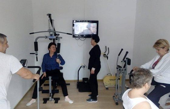 Pensionarii de la Centru pentru Recreere Pensionari sunt zilnic monitorizați medical