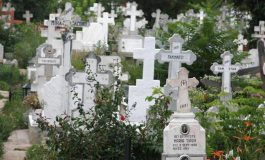 NICI ÎN MORMÂNT NU SCAPĂ ! În Argeş, morţii plătesc taxa de pază şi gunoi dar şi iluminatul public !