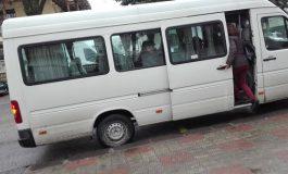 Maxi-taxi ilegal între Curtea de Arges si Bascov depistat de poliţişti