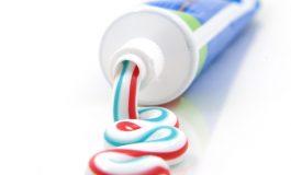 15 utilizari surprinzatoare ale pastei de dinti in gospodarie