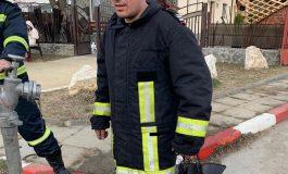 FELICITĂRI! DE LA FILM ... LA INCENDIU ! Un pompier argeşean aflat în concediu s-a implicat activ într-o acţiune de salvare