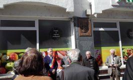 A fost dezvelită placa comemorativă a scriitorului argeșean, Urmuz