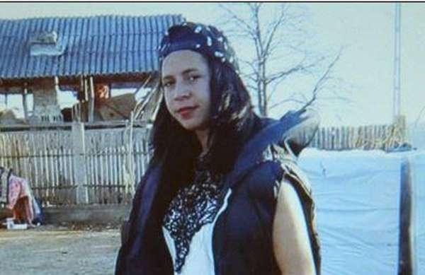 Tînără de 17 ani, dispărută de acasă de peste două săptămâni PĂRINŢII ÎN ALERTĂ