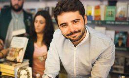 VIDEO! Tânăr argeşean din Lereşti, poet de succes în Spania - Euronews, interviu excepţional cu Mihai