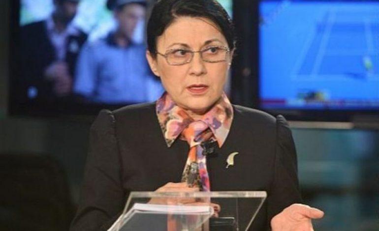 Ecaterina Andronescu iese la rampă! Schimbări majore în educație